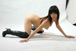 Petite Japanese Babe in Long Boots - pics 11