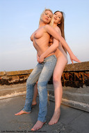Sexy Jeans Lesbians at the Roof - pics 12
