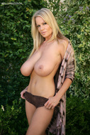 Kelly Madison Big Natural Boobs - pics 00