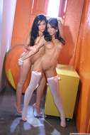 Fucking Hot Lesbians Gallery - pics 05