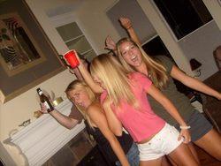 Drunk Amateur Babes Hot Party Time - pics 05