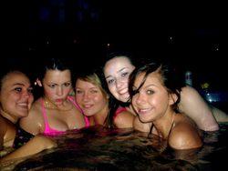 Drunk Amateur Babes Love Night Beach - pics 04