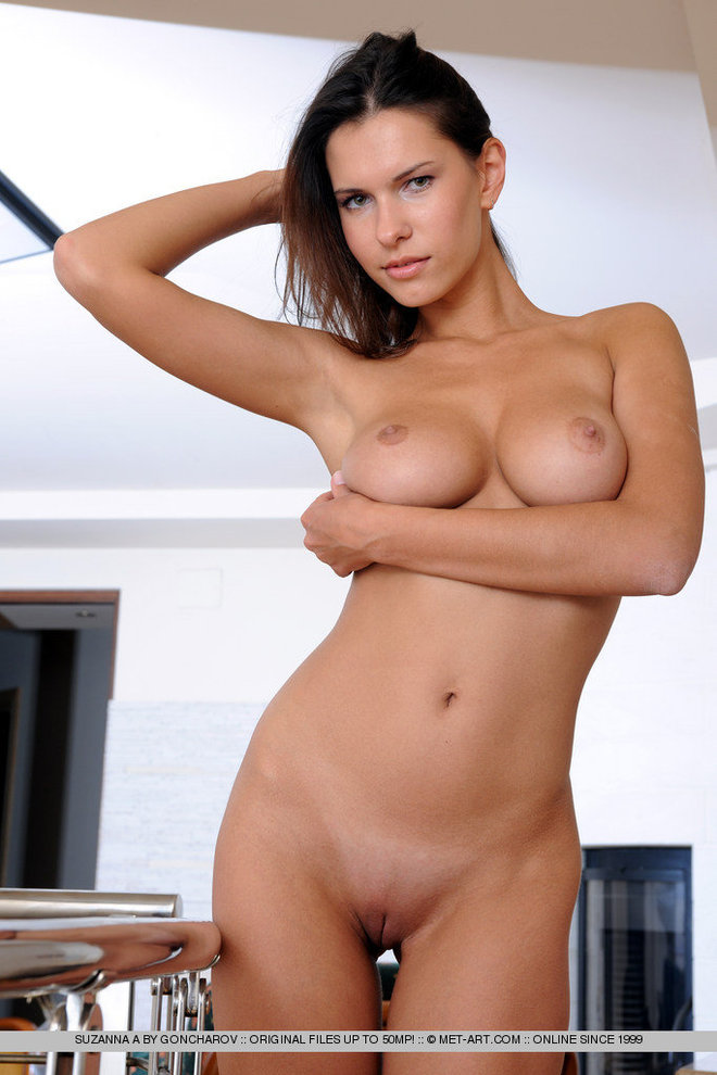 Tall Brunette Girl Round Titties - picture 12