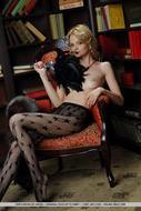 Edita Recna Fishnet Pantyhose - pics 02