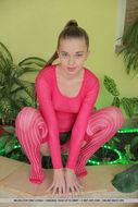 Ukrainian Beauty Milena D Pinky - pics 05