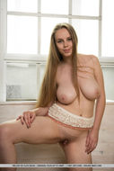 Melony Delicious Natural Boobs - pics 16