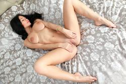 Sexy Mila M Giant Meaty Pussy Lips - pics 09