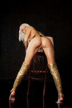 Blonde Angel Alysha A Shiny Gold - pics 05