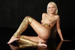 Blonde Angel Alysha A Shiny Gold - pics 11