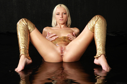 Blonde Angel Alysha A Shiny Gold - pics 16