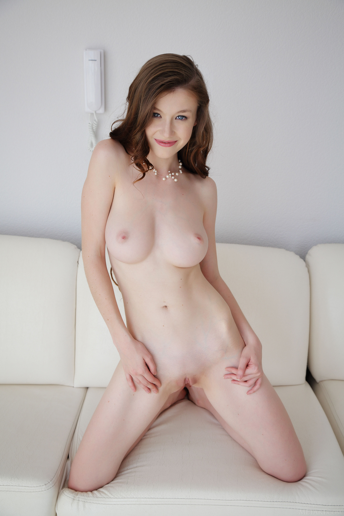 emily bloom beautiful pussy pics from met-art - picture 08