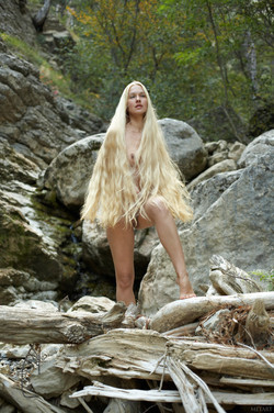 Long-Long Haired Blonde Desire A  - pics 04