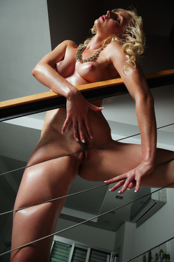 Janelle B - Fuckable Oiled Blonde - pics 17