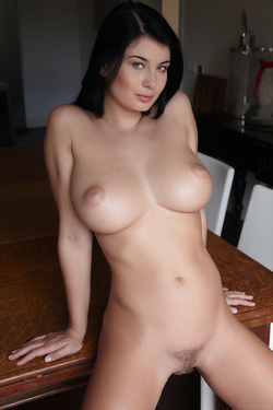 Busty Lucy Lee Amazing Big Boobs - pics 05