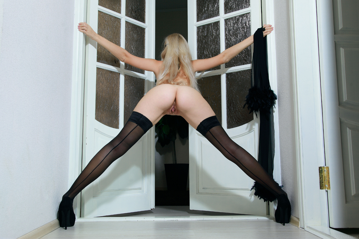 Blonde Genevieve Black Stockings - picture 06