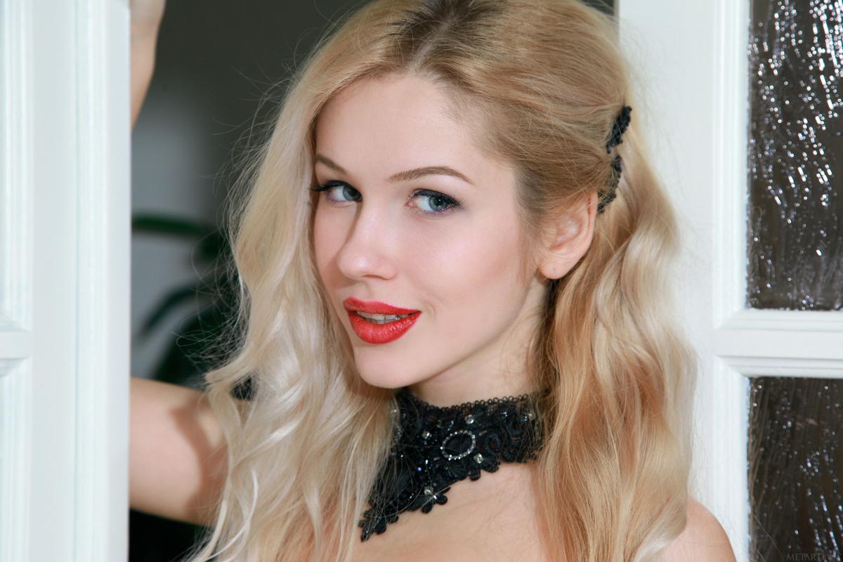 Blonde Genevieve Black Stockings - picture 07