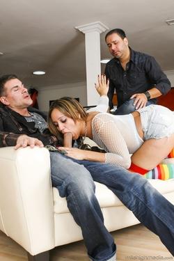 Lynn Love - Housewives love Porn - pics 06