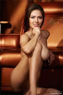Sensual Nude Brunette Arianna - pics 11
