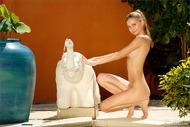 Skiny Teenager Babe Anya Nude - pics 09