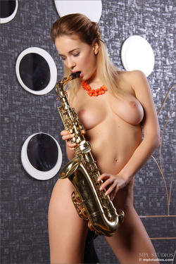 Nude Danica Playing the Saxophone - pics 09