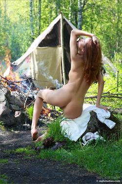 Natural Brunette Layla - Camp Strip - pics 10