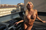 Alluring Blonde Slut Tight Body - pics 05