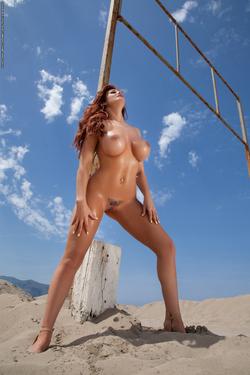 Tommi Jo Incredible Busty Slut - pics 11