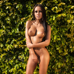 Busty Marreva the Forbidden Fruit - pics 17