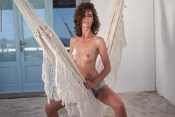 Tall Babe Charlotta in the Hammock - pics 08