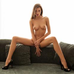 Beautiful Leggy Nerd Jackie Iconic - pics 11
