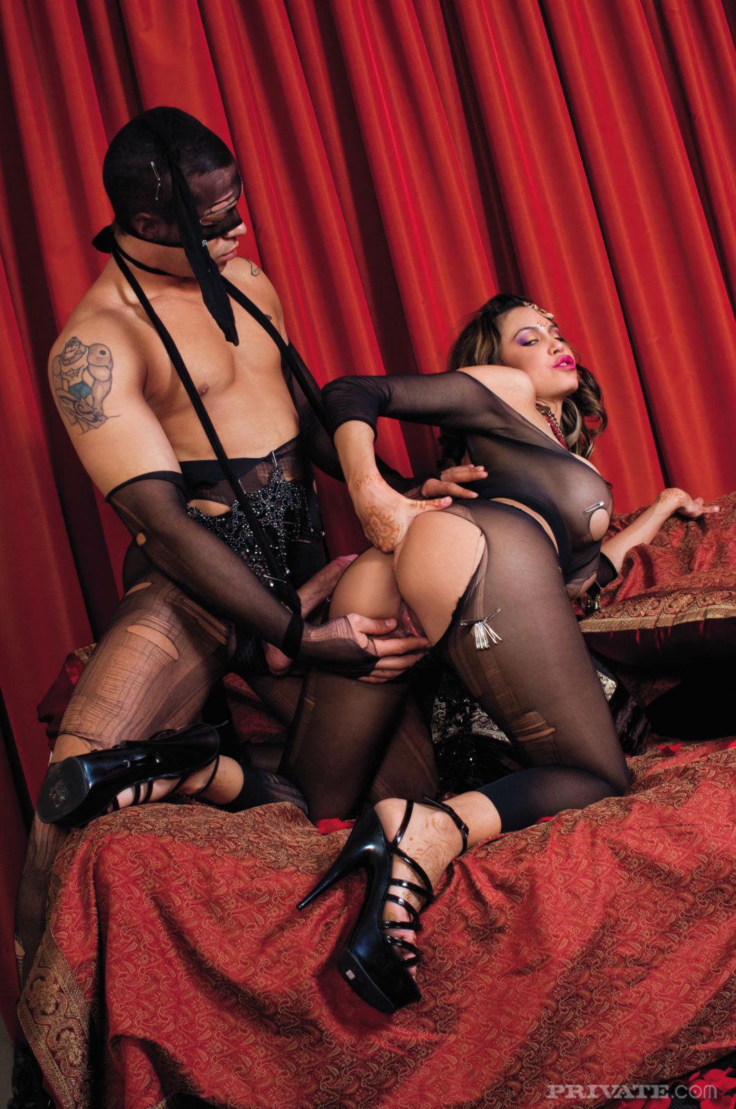 Busty Pornstar Karina - Hardcore Sex - picture 11