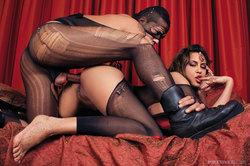 Busty Pornstar Karina - Hardcore Sex - pics 03