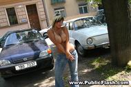 Nice Natural Big Boobs in Public - pics 09