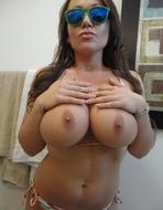 Juicy Big Boobs Nasty Selfshots - pics 12