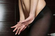 Yummy Babe in Nylon Pantyhose - pics 05