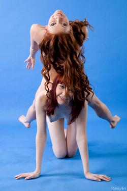 Anelie Indiana and Ulia Backstage - pics 11