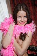 Paulette A Fuckable Pink Pussy - pics 01