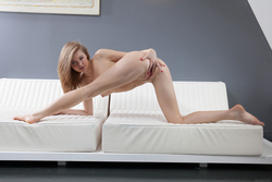 Patritcy A Pleasing Herself Wildly - pics 09