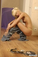 Fucking Hot Girl in Ripped Jeans - pics 10