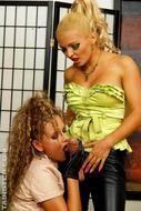 Hot Babes Squirting Fake Spunk - pics 01