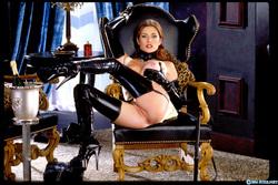 Pornstar Aimee Sweet Black Latex - pics 03