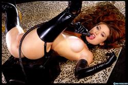 Pornstar Aimee Sweet Black Latex - pics 08