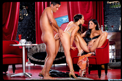 Lanny Barby Jayna Oso Classic Porn - pics 12