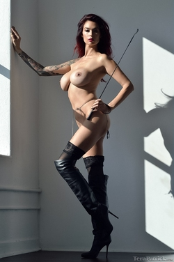 Tera Patrick in Long Black Boots - pics 09