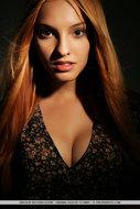 Busty Naked Redhead Babe - pics 00