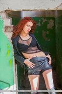 Redhead Whore Black Leather - pics 02