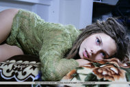 Beautiful Rasta Babe Stripping - pics 01