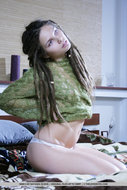 Beautiful Rasta Babe Stripping - pics 02