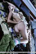 Beautiful Rasta Babe Stripping - pics 09