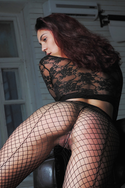 Busty Callista in Lace and Fishnet - pics 07